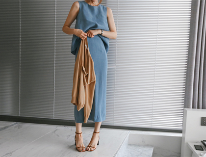 Simple linen two-piece