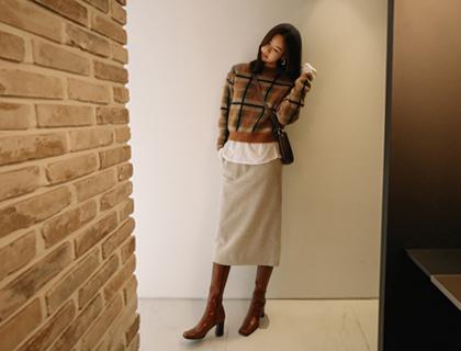 Stitch-pocket skirt