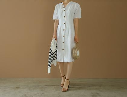 Dui button dress