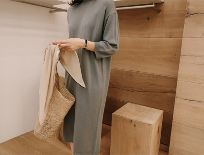 Coming knit dress