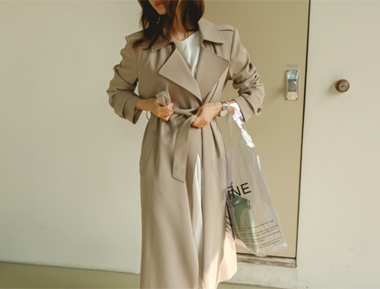 Essentic trench coat