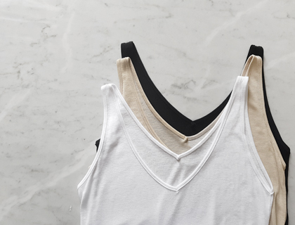 Lian v-neck sleeveless