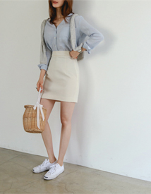 Banding mini skirt