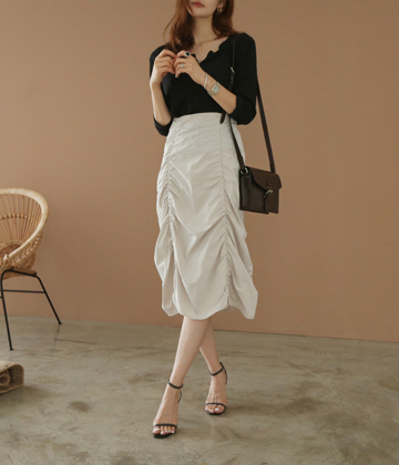 Two shirring skirt