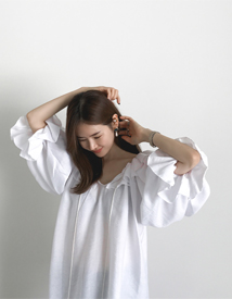 Fill-off blouse