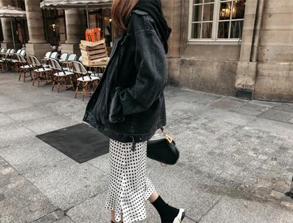 Dot silky skirt