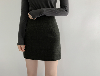 Checky mini skirt