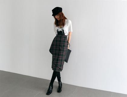 Loban check skirt