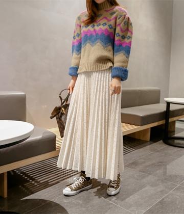 Lace pleats skirt