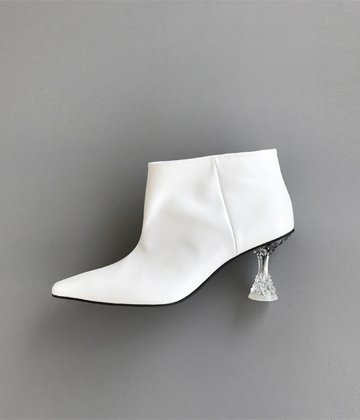 Glass ankle boots ♩