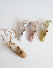Shirring strap sandal ♩