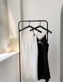 Punching slip dress