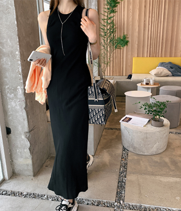 Lady long dress