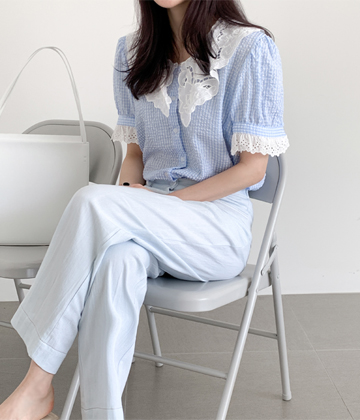 Motive gobang blouse
