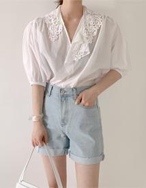 Io lace blouse