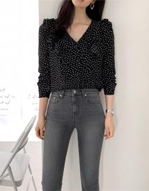 Aster dot blouse
