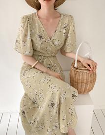 Saku wrap dress