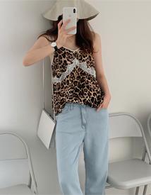 Leopard lace sleeveless
