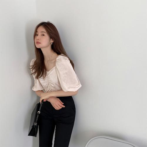 Casa shirring blouse