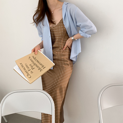 Graceful dot dress