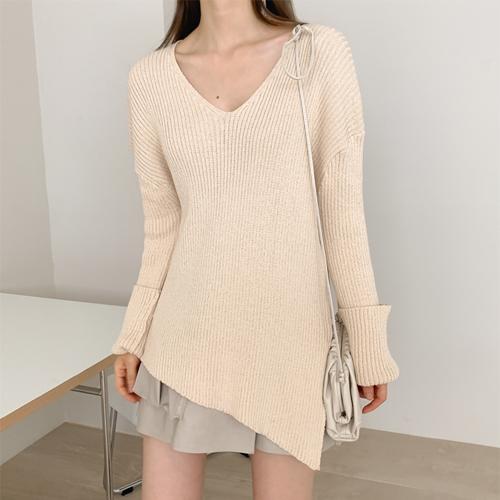 Cotton loose v-neck knit