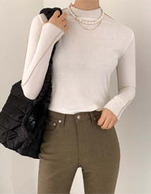 Jeje turtleneck tee
