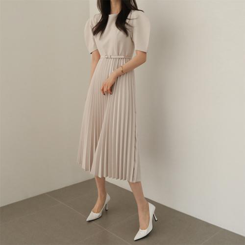 Rose pleats dress