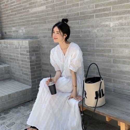 Salon frill dress