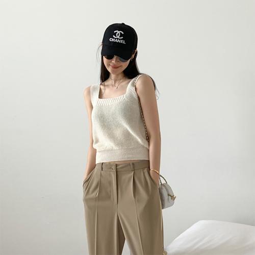 Cosy knit sleeveless