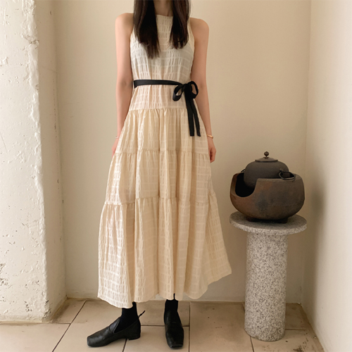 Cain ribbon dress