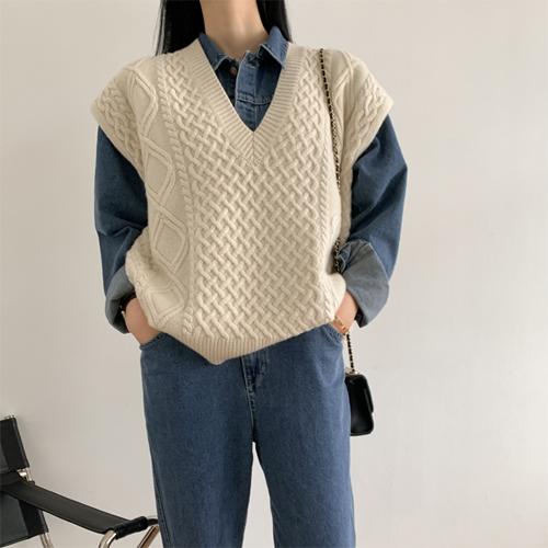 Kosha wool vest *(ivory)11월초 입고예정*