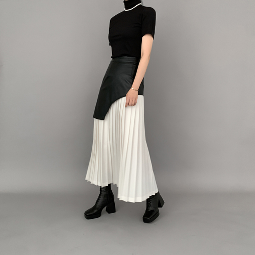 Potent pleats skirt