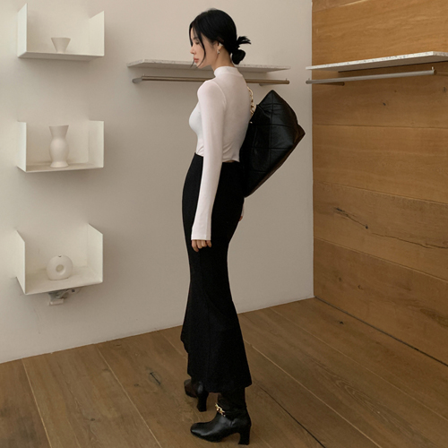Wool long skirt